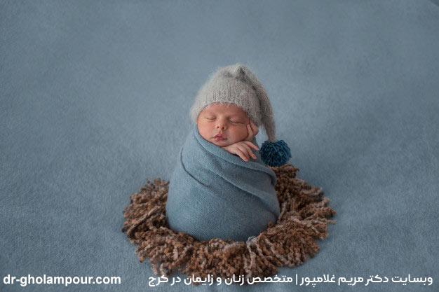 تصویر کودکی که تازه به دنیا آمده